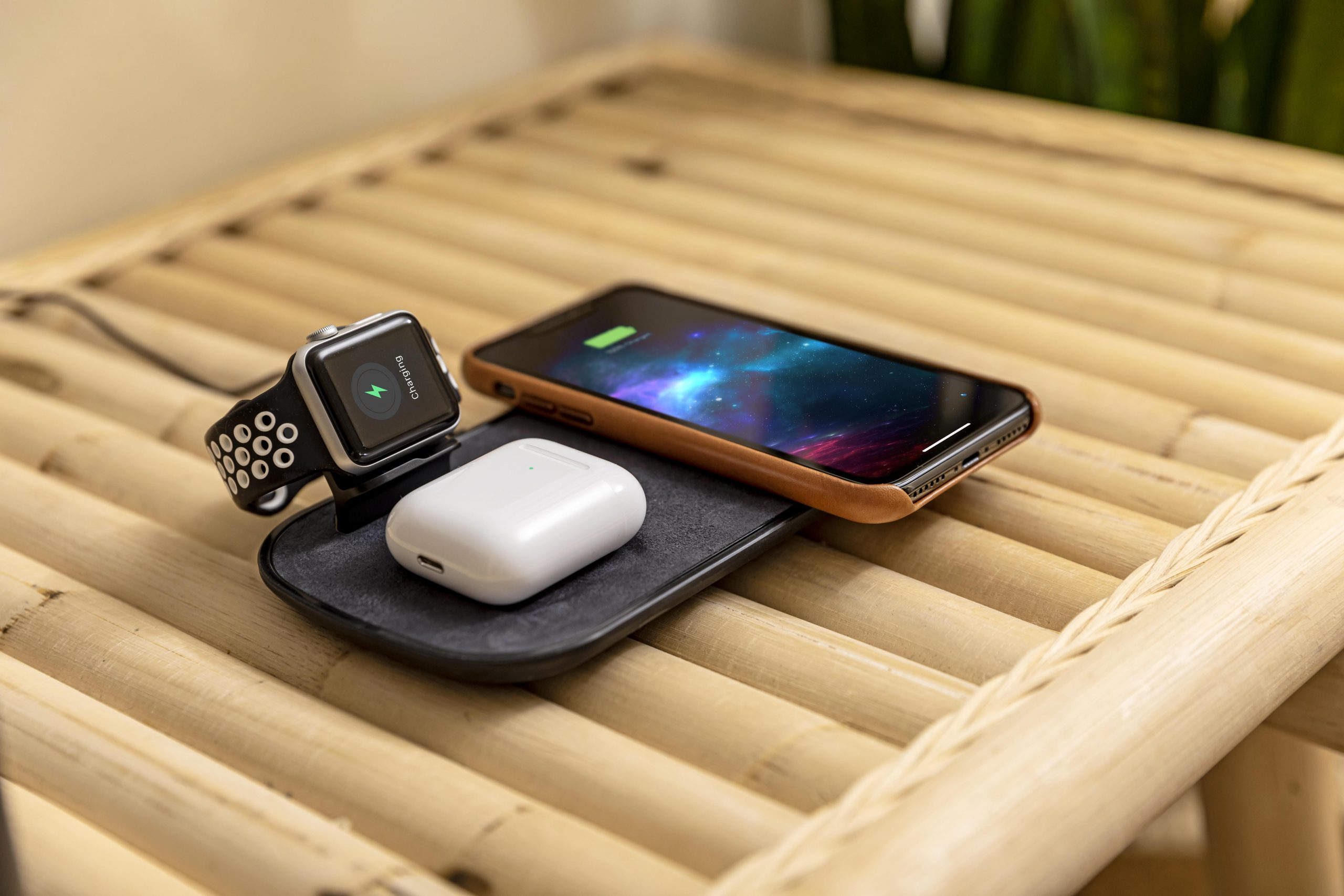 Mophie 3-in-1 Wireless Charge Pad, Imagebild